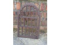 GARDEN ORNAMENTAL PIECE OF IRON MAIDSTONE £15
