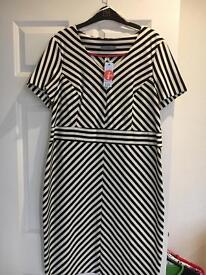 Black & white dress. Size 20