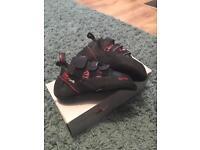 Red chili matador vcr climbing shoes