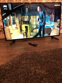 """Ultra Slim 50""""Full HD Ready Freeview TV-Excellent Condition."""