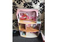 Large wooden dolls/barbie house girls toy