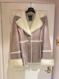 Beautiful ladies Jacket Dennis Basso Designer Medium size, brand new, never worn