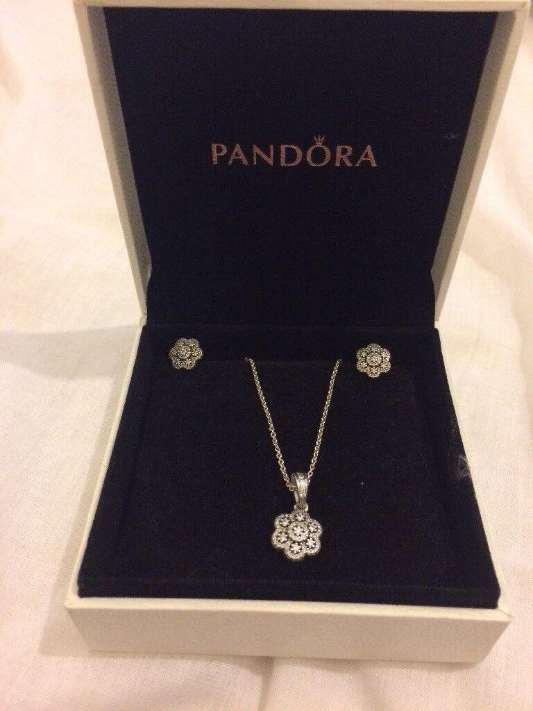 4b2a7efd594af Pandora necklace with floral pendant   in Wimborne, Dorset   Gumtree