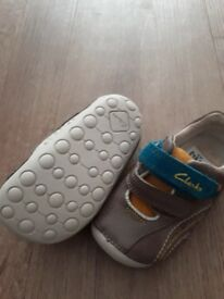 Boy's clarks shoes (New)