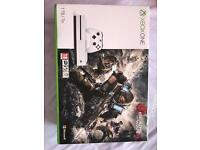Xbox one s - 1TB (Brand new) + 2 games