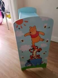 Winnie the pooh book case