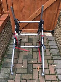 Rear high mount bicycle carrier