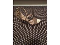 Women's gold heels size 6