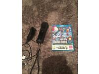 Wii U controller, nunchuck and super Mario Excellent condition