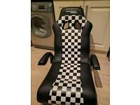 Xrocker grand prix gaming chair