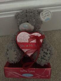 Valentine tatty teddy with gift box
