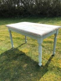 Solid wood table, shabby chic, patina, pinewood