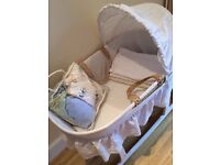 Clair De Lune stand with Moses Basket, Mattress and accessories