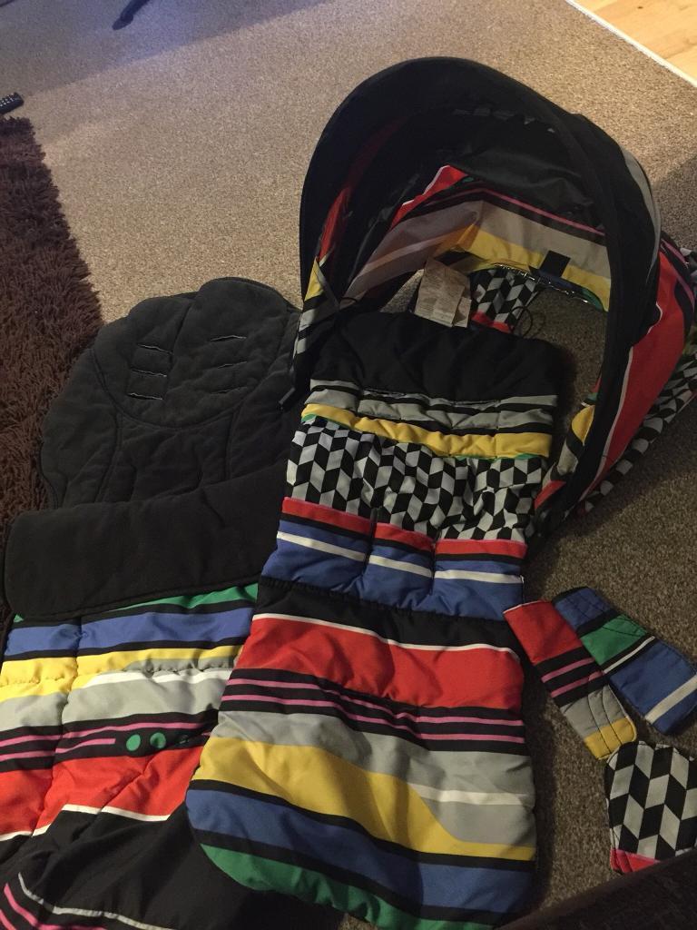 Mamas and papas armadillo limited edition fabrics set