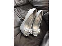 Ladies silver high heels size 5
