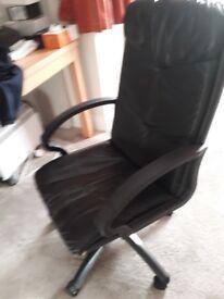 Computer swivel chair