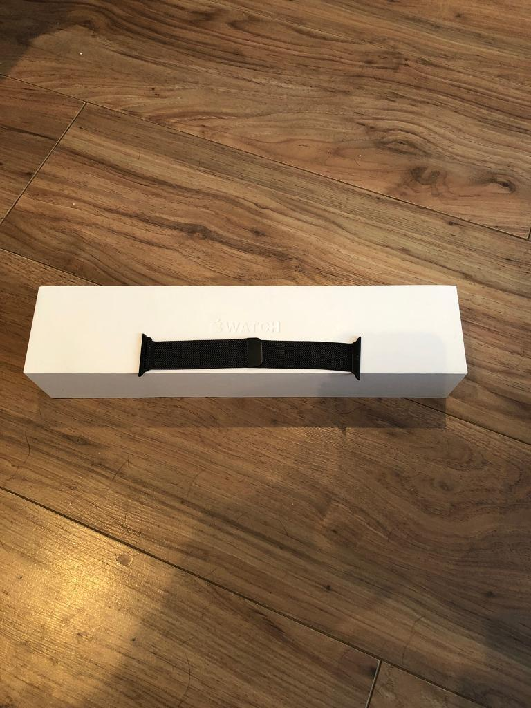 42mm Apple Watch Series 2 Space Grey - Boxed