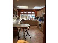 Solid Oak Kitchen, dishwasher & Cooker