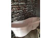 Baby bath & free toiletry tub