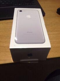 Iphone 7 Sealed in Box. 32gb