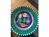 Large serving plate or table centre