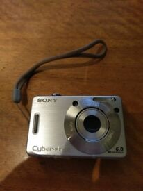 Sony Cybershot DSC-W50 Camera in excellent condition