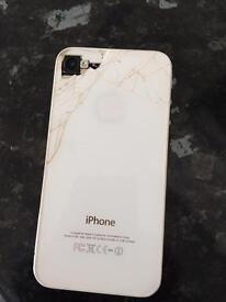IPhone 4s White (back is cracked)