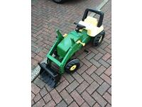 John Deere Rolly Ride on Tractor with working Tow Rope and Shovel