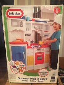 Retail £149.99 - New Little Tikes Kitchen