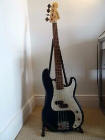 Westfield Bass Guitar + Meridian Stage Pro Bass Amp 24W