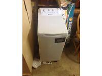 Hotpoint WTL 500 top load washing machine