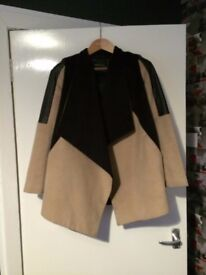* BARGAIN* HOUSE CLEARANCE * RIVER ISLAND expanded jacket mantle cape a la leather and felt oversize