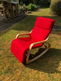 Quality Light Wood Rocking Chair With Foot Rest
