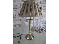 LAURA ASHLEY STYLE COLUMN LAMP