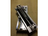Heavy duty tile cutter