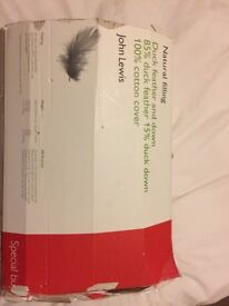 John Lewis duck feather and down double duvet. Wonderful condition!
