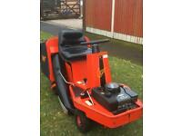 Westwood clipper ride on mower