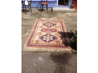 Pretty Traditional Oriental Hand- Knotted Wool Rug 200cm x130cm
