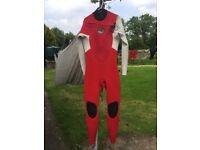 Alder 4/3 Chest Zip wetsuit - VGC (medium)