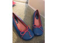 Vintage Shellys flat shoes - size 5