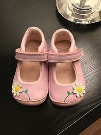 Baby clarks shoes 2F