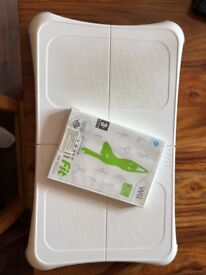 Nintendo wii fit board with game