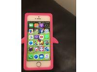 iPhone 5s gold unlocked 16g full working good cindation