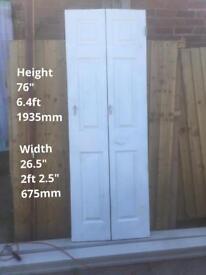 Internal folding door