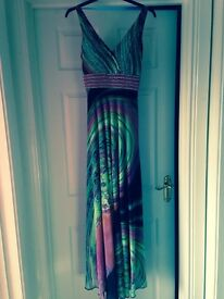 Stunning maxi dress multi s/m