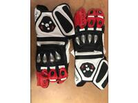 Arc-On Motorcycle Gloves