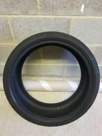 Run flat tyre 225/35/19
