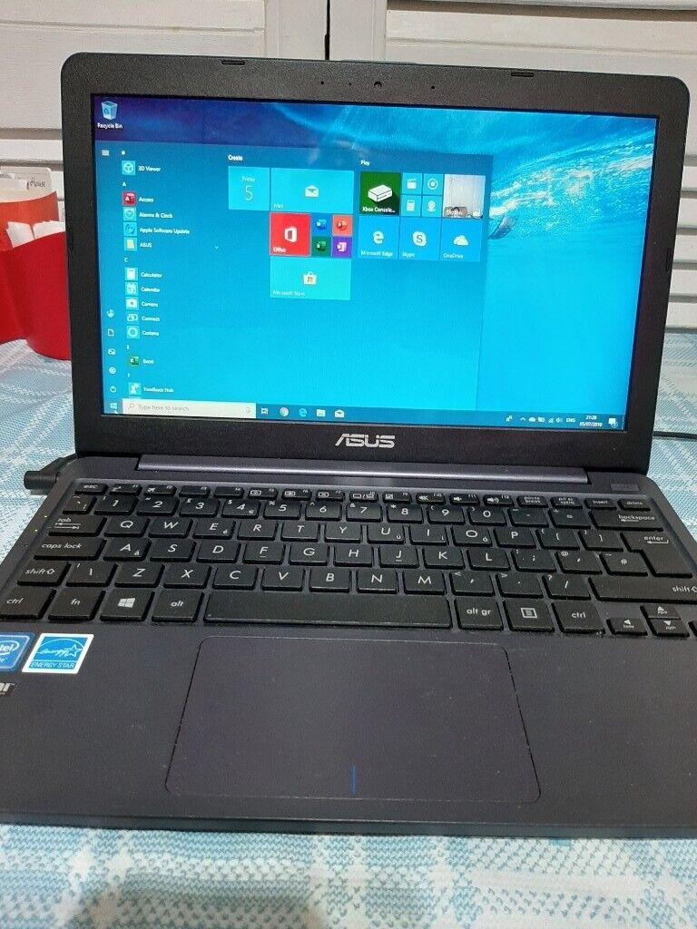 Asus 11.6 inch,windows 10 laptop | in Southampton ...