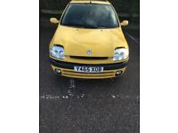 Clio sport 1.2 16v.Ideal for spares and reports or project