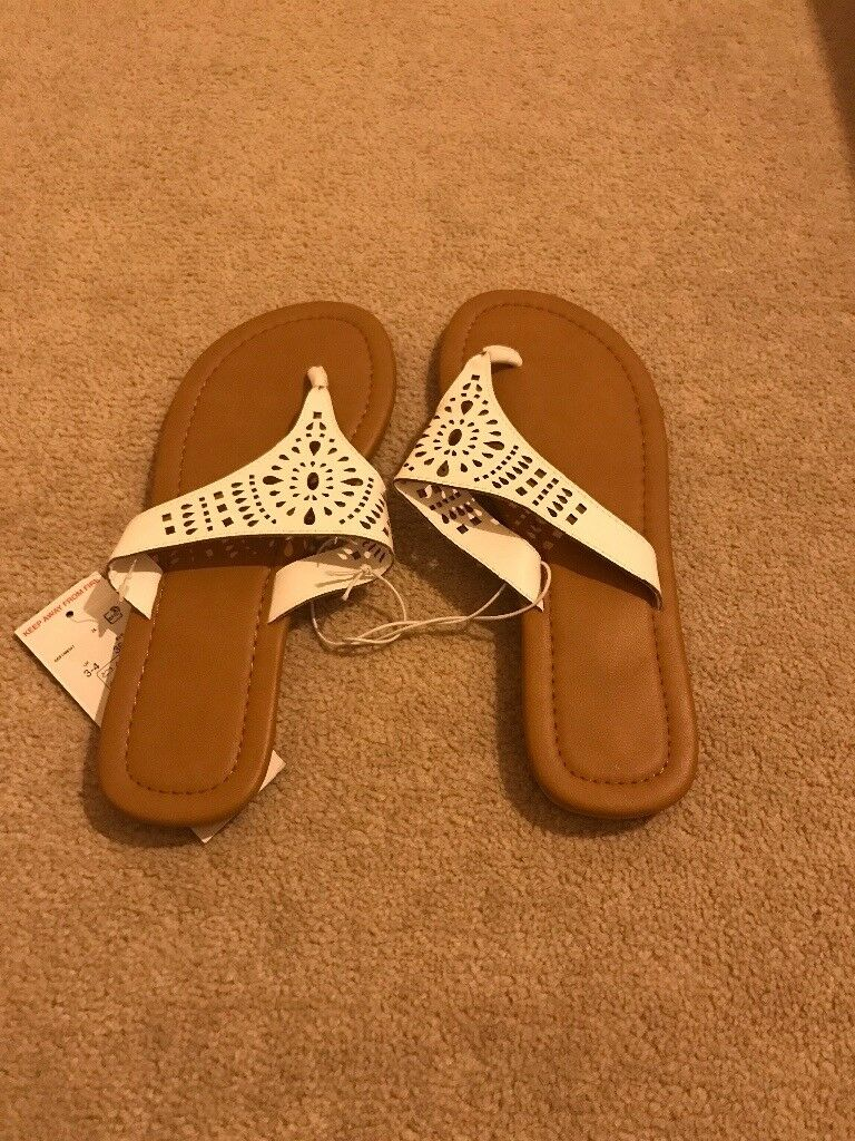 Women's Flat Shoes/Flip Flops